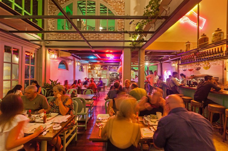 10 Casual Dining Places in Seminyak
